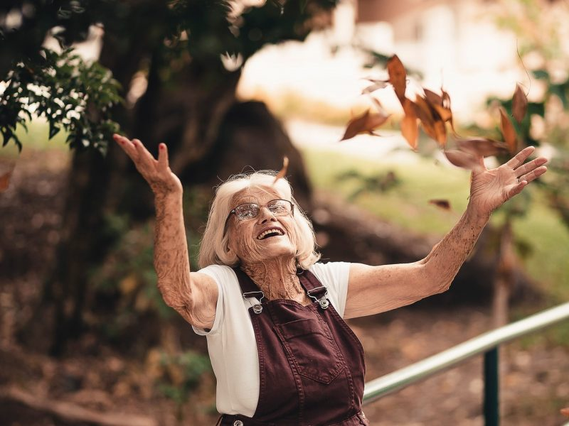 elderly-enjoyment-facial-expression-2050991.jpg